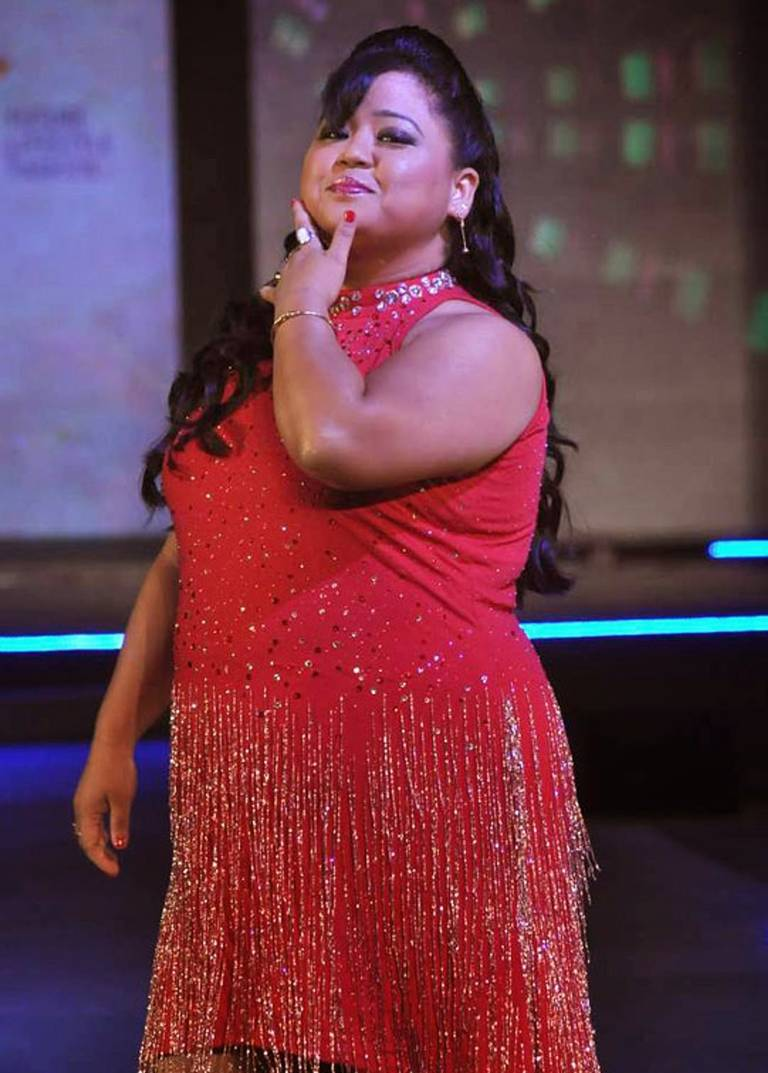 Bharti-Singh-walk-the-ramp-at-Future-Lifestyle-Fashion