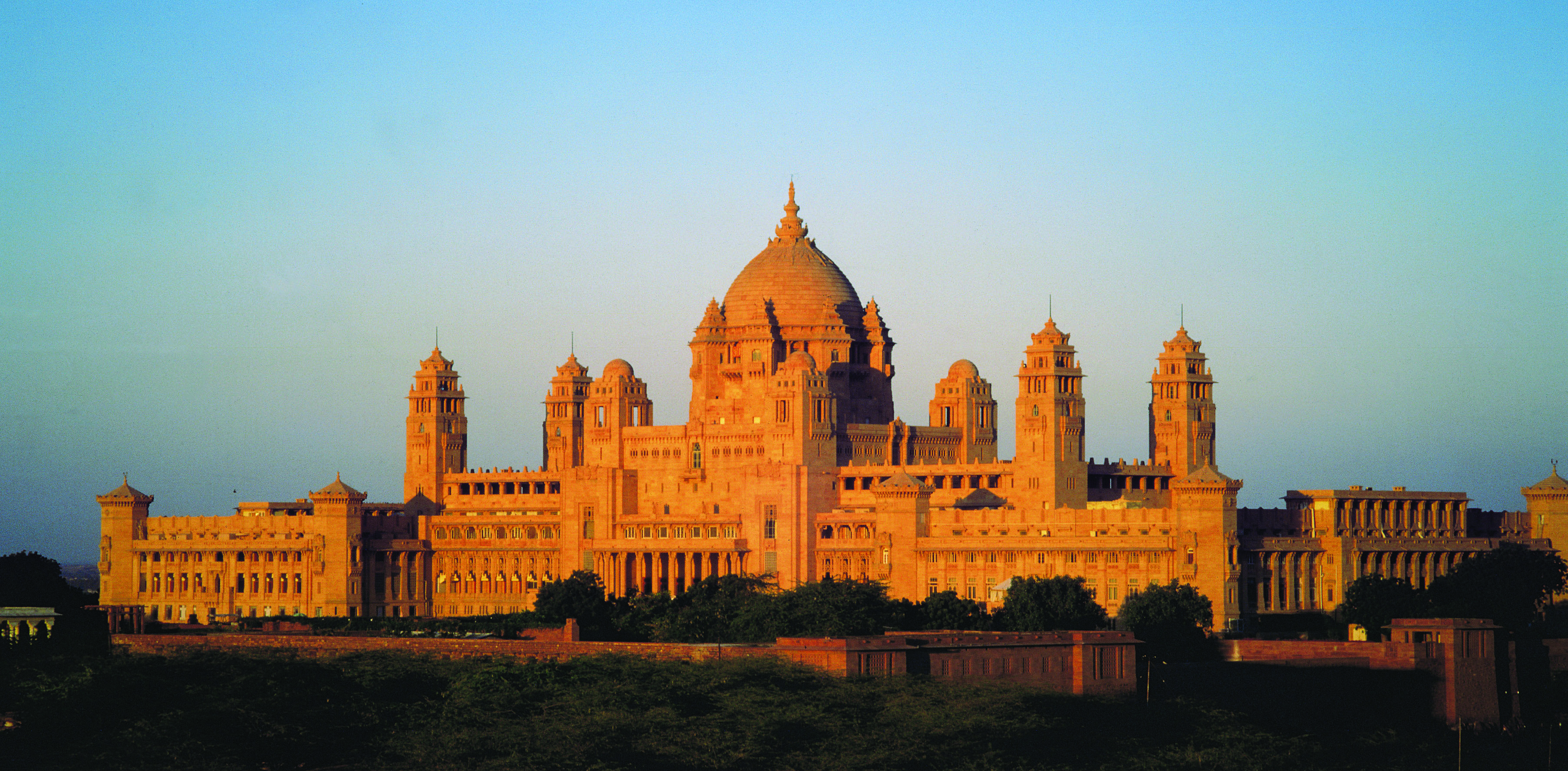 Umaid-Bhawan-Palace1