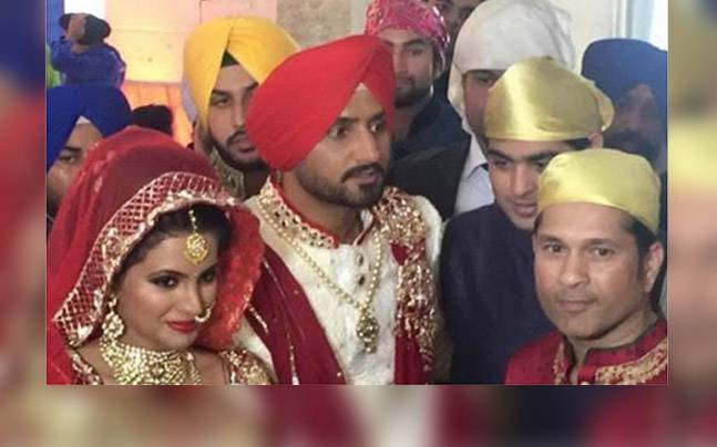 harbhajan-geeta-marriage-st_647_3_102915021753