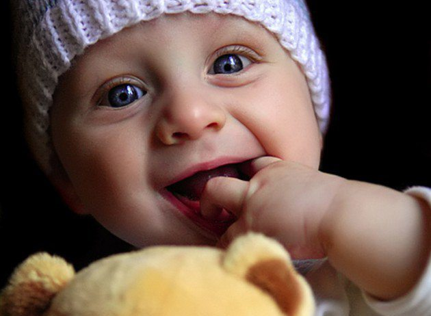 cute-baby-eyes-says-i-love-you-silly-2766