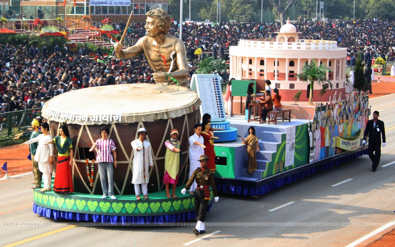 180918-election-commission-tableaux-at-the-republic-day-parade-2012-in - Copy