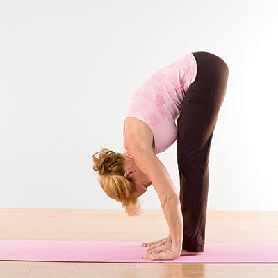 Uttanasana-yoga-standing-forward-bend
