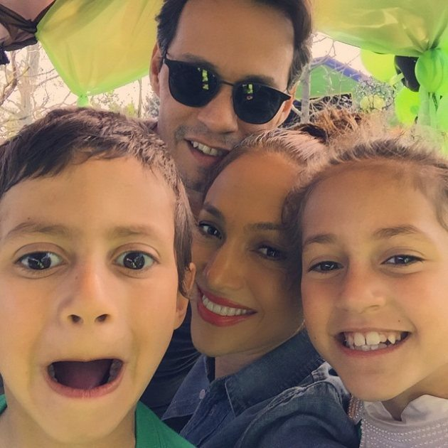 jennifer-lopez-marc-anthony-emme-max-mothers-day-2015